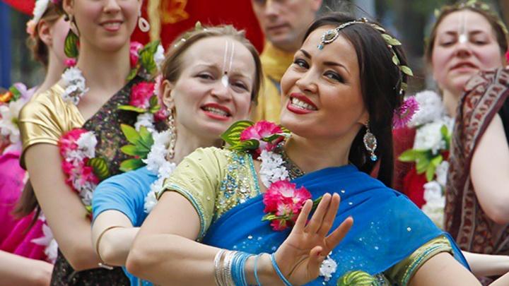 Примеряем индийское сари, слушаем «Смирного» и идем знакомиться: афиша на неделю в Перми