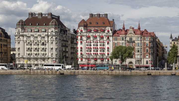 «Он жил с румынским паспортом»: сбежавшего от следствия депутата Волгограда задержали в Швеции