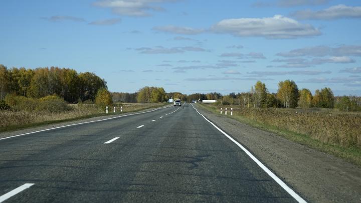 Полтора миллиарда на новые дороги: в Омской области отремонтируют 15 участков трасс в 2020 году