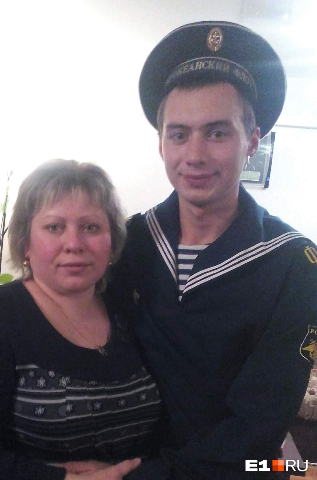 Андрей Михайлец с мамой