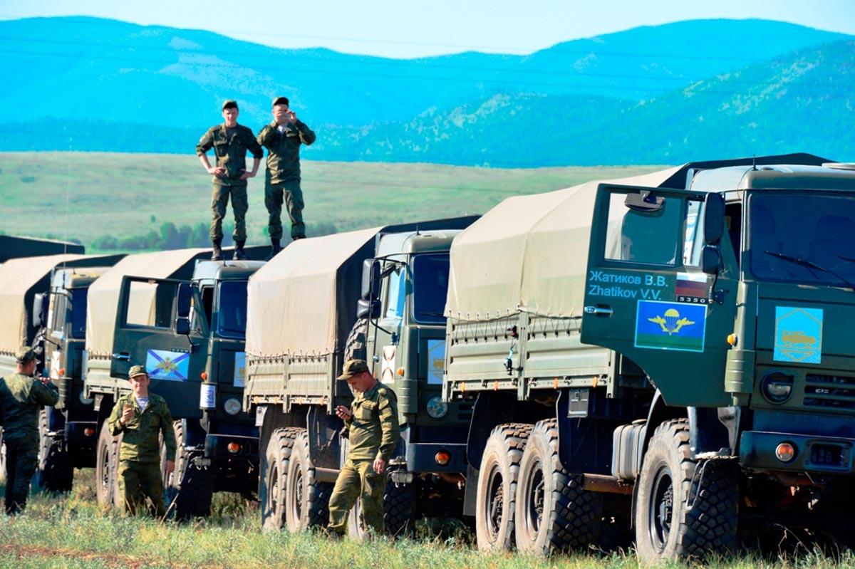 Ралли цвета хаки: уральские военные одержали победу в гонках на КамАЗах