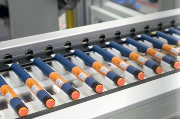 Так выглядят шприц-ручки с инсулином. Одной такой хватает на несколько дней