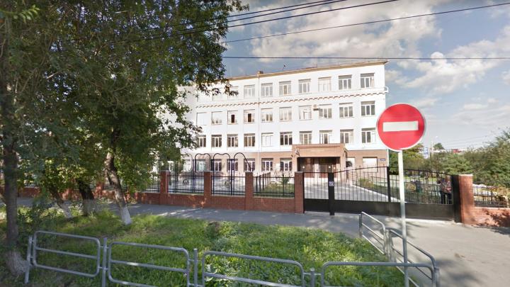 Массовое отравление учеников челябинской гимназии может обернуться уголовным делом