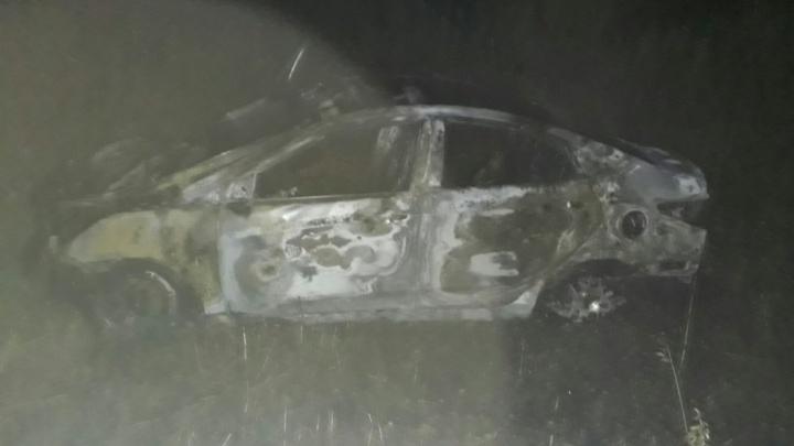 На трассе в Башкирии автомобиль попал в ДТП и загорелся
