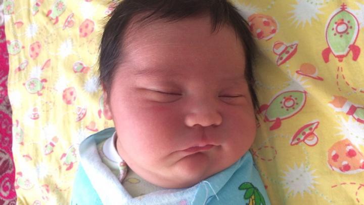 «Вот вам сразу двухмесячный ребёнок»: челябинка родила девочку весом почти шесть килограммов