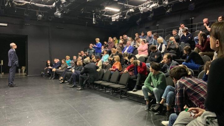 «Ярославль оказался сугубо фанатически патриотичным»: Волковский театр оставили в покое