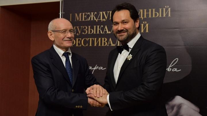 Ильдару Абдразакову вручили орден Салавата Юлаева