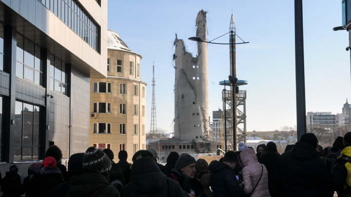 Мэрия пообещала обсудить с горожанами ледовую арену, которую построят на месте телебашни