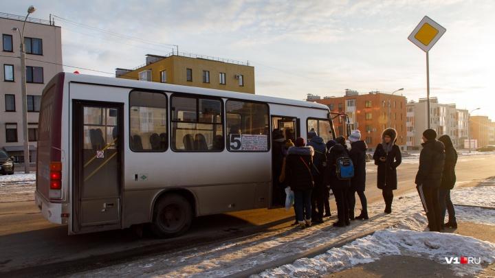 «Можете нас не ждать»: микрорайону в Советском районе Волгограда грозит новый транспортный коллапс