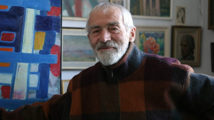 В Барнауле простились с известным художником Альфредом Фризеном