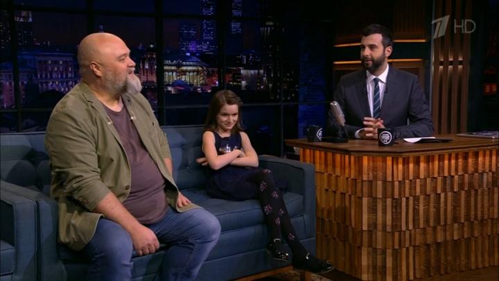 Маленькая актриса рассказала Ивану Урганту, что было самым сложным на съемках фильма «Война Анны»