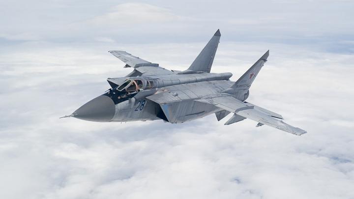 «За 17 минут перехватил нарушителя»: пермский МиГ-31 во время учений выполнил полет в стратосферу