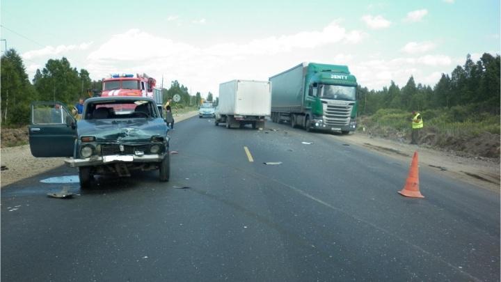 В Юргамышском районе столкнулись четыре машины