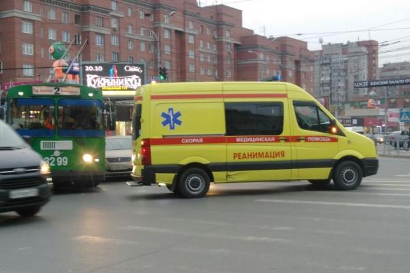 После аварии в больницу попала пассажирка троллейбуса