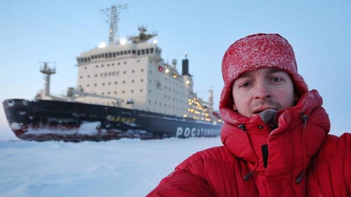 Застрявшие в снегах на внедорожниках путешественники выбрались из плена на атомном ледоколе