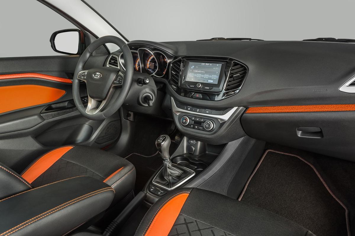 АвтоВАЗ показал салон внедорожной LADA Vesta (фото)