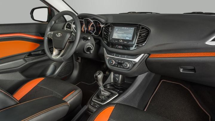 АвтоВАЗ показал салон внедорожной LADA Vesta