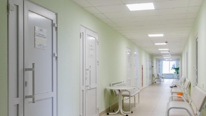 В прикамских больницах ограничили посещение пациентов. Рассказываем, кого пустят к больным