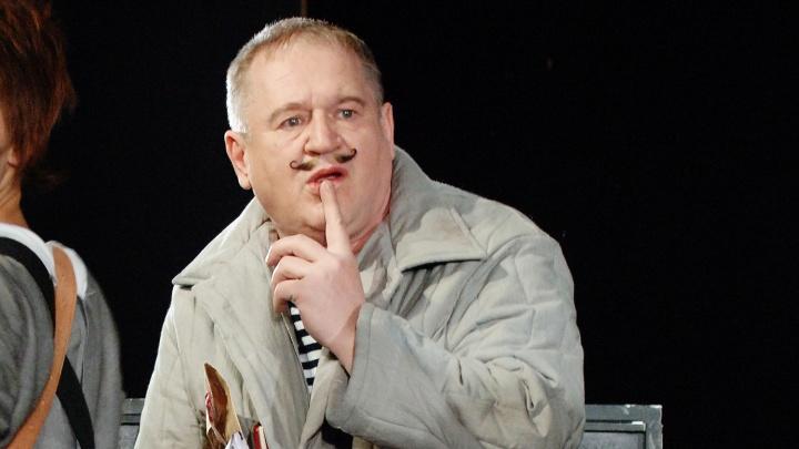 «Он был незаурядным человеком»: друг Анатолия Узденского вспоминает умершего в Новосибирске актёра