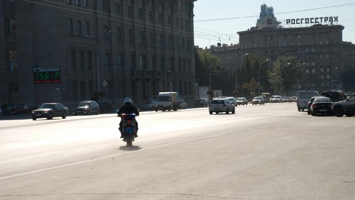 Госавтоинспекция поймала больше 15 шумных мотоциклистов в центре Новосибирска
