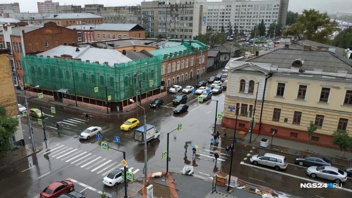 Дождь поставил Красноярск в рекордную пробку