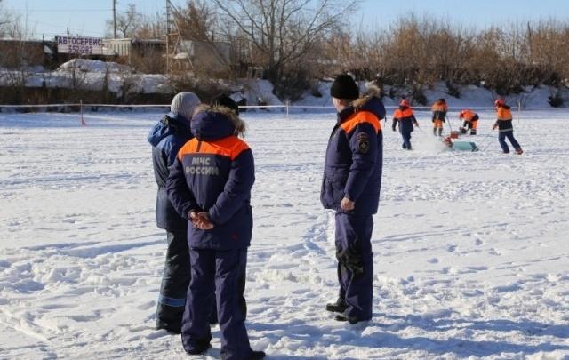 В Зауралье измерили толщину льда на реках: от 44 до 55 сантиметров