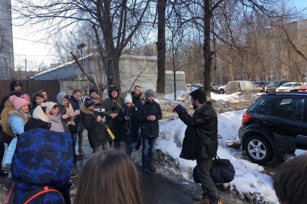 «Ура! Волков вышел на свободу», — написал в Twitter Навальный