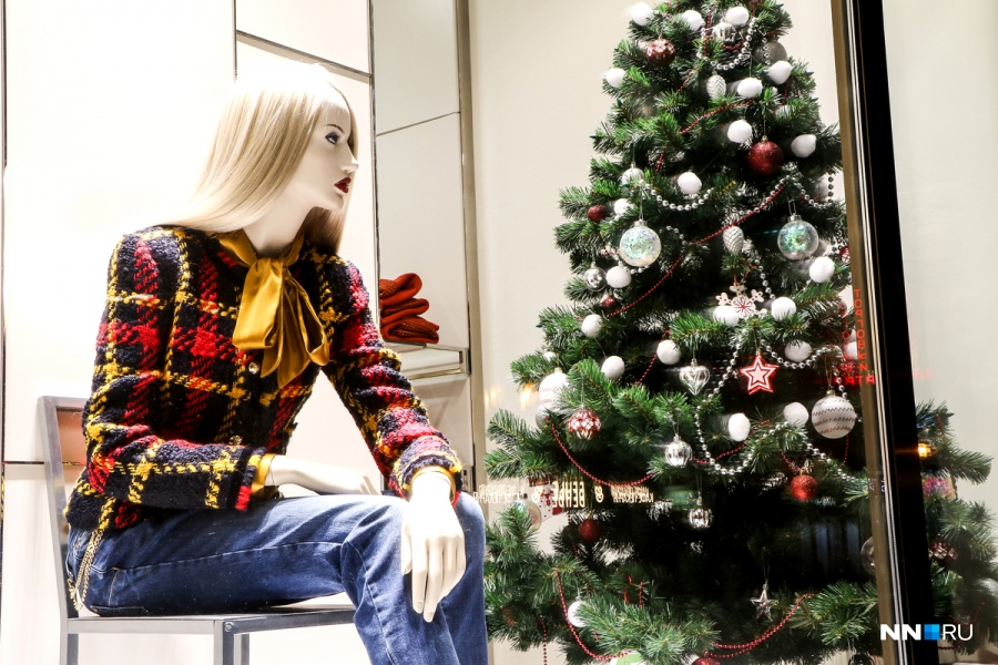 Включенной новогодняя обнаженка фото русская