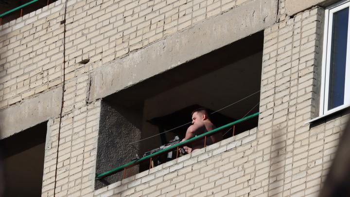 В Таганроге студенты стреляли по домам и автомобилям. Полиция выяснила, зачем они это сделали