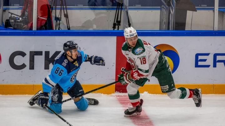 «Сибирь» проиграла «Ак Барсу» в домашнем матче