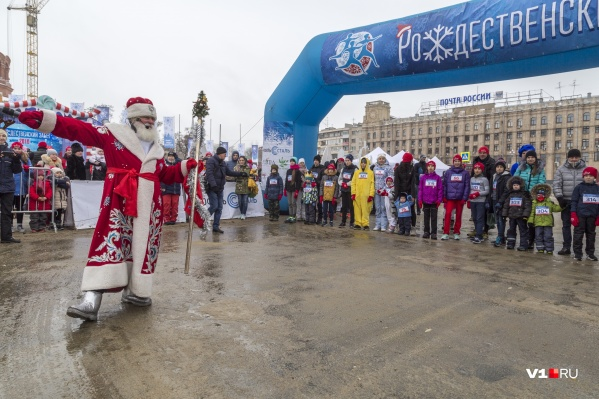 Дед Мороз лично даёт старт зимним соревнованиям
