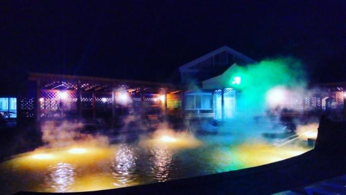 В бикини и с пользой для здоровья: уральцы нашли место для необычного празднования Нового года
