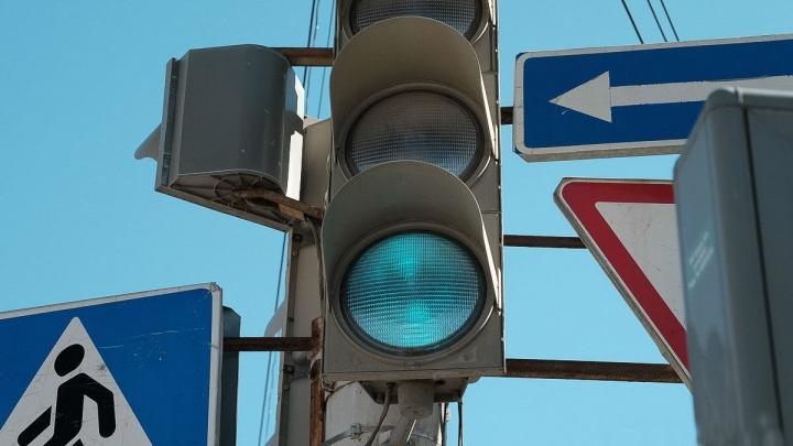 В Перми изменится работа светофора на перекрестке Плеханова и шоссе Космонавтов