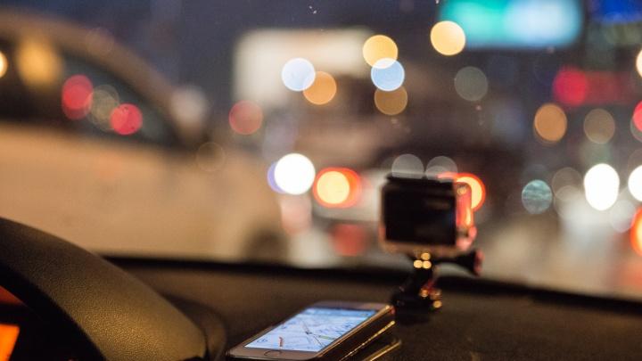 Ехать можно долго: новосибирские дороги сковали 10-балльные пробки