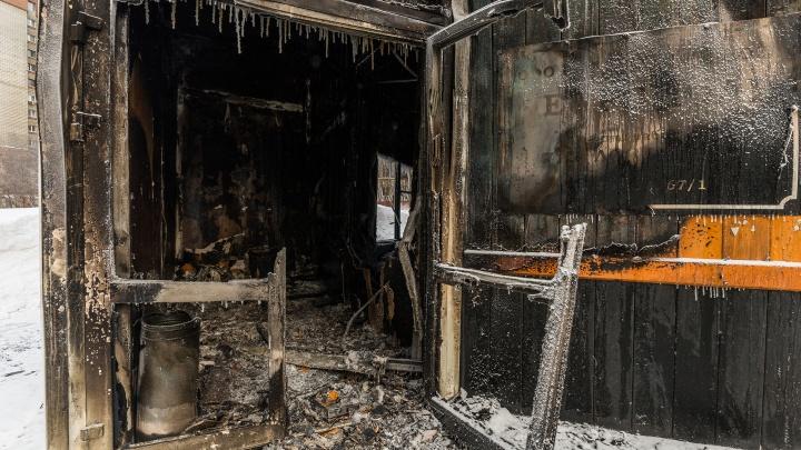 «Рейдерский захват». Семья Якушиных связала ночной пожар в «Некрополе» с переделом похоронного рынка