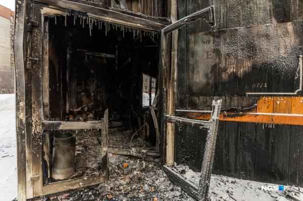 Павильон сгорел буквально за 40 минут