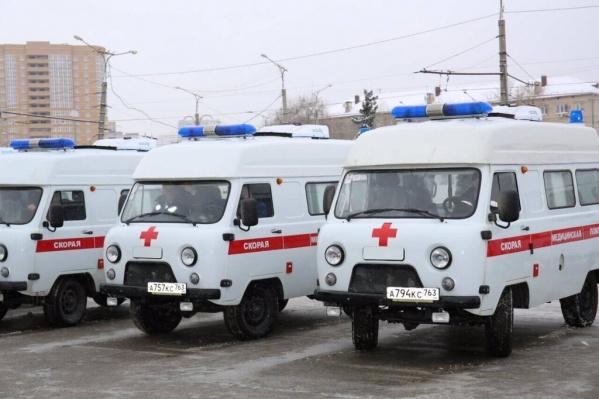 В распоряжении скорой помощи несколько новых автомобилей на базе УАЗа