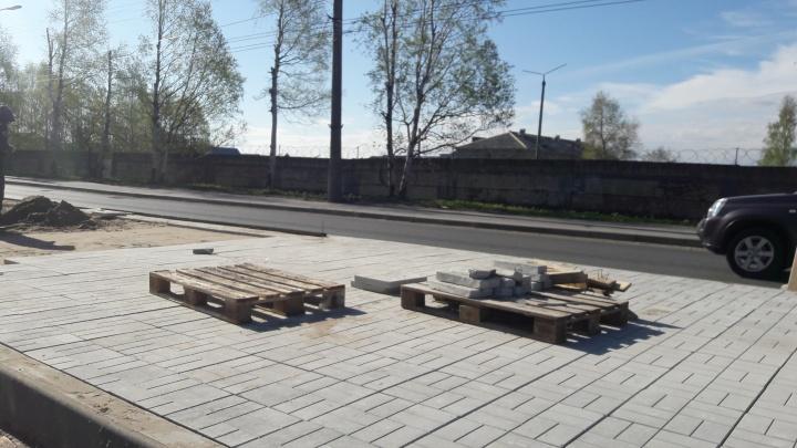 Реконструкция Ленинградского проспекта продолжается между улицами Павла Усова и Смольного Буяна