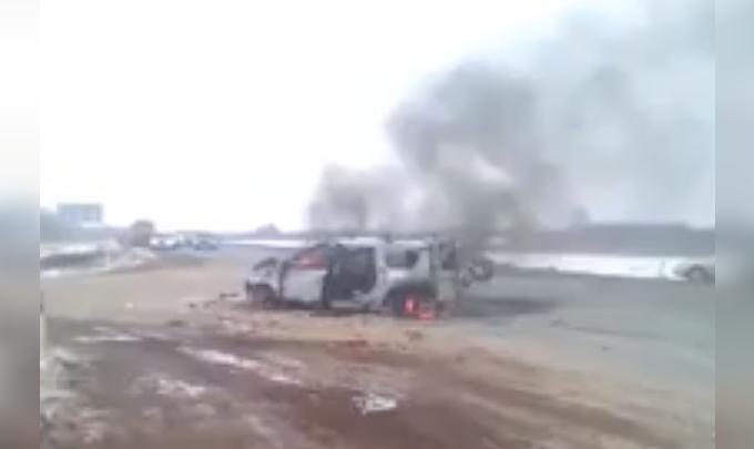 На трассе в Башкирии автомобиль загорелся после ДТП
