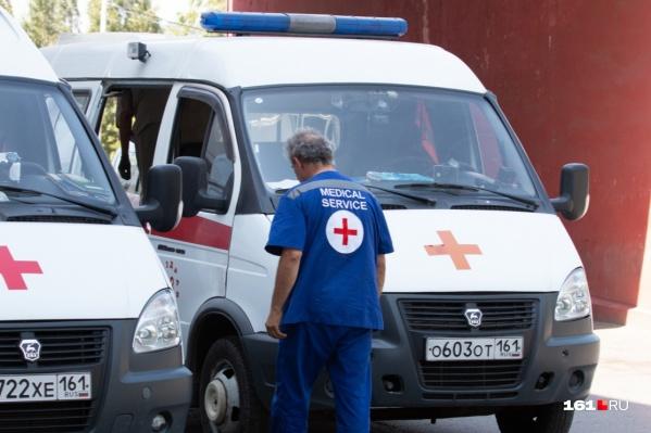 Родственники смертельно больного батайчанина не выпускали врачей скорой помощи из квартиры