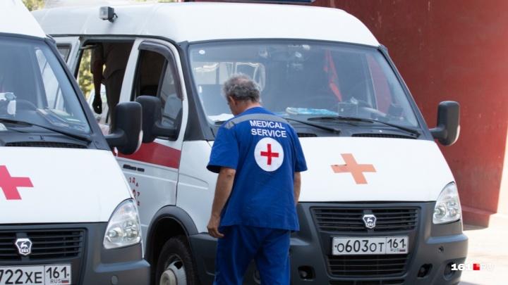 Родственники смертельно больного батайчанина взяли медиков в заложники