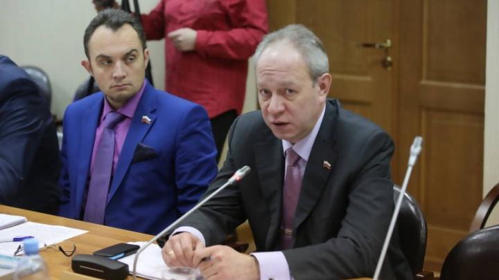 """«Передаст деньги """"человеку наверху""""»: стали известны новые подробности дела против советника Годзиша"""