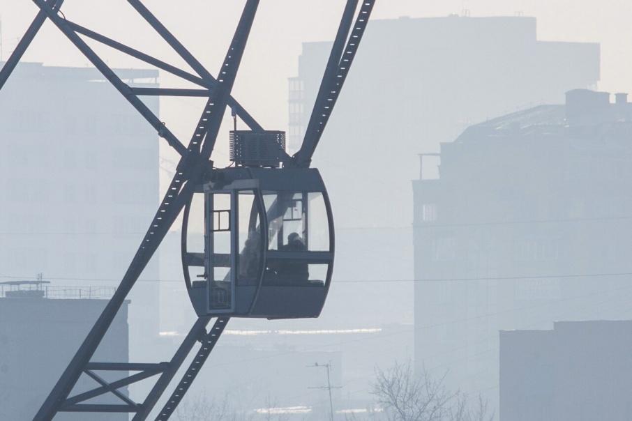 Жалобы на грязный воздух поступают со всех районов города