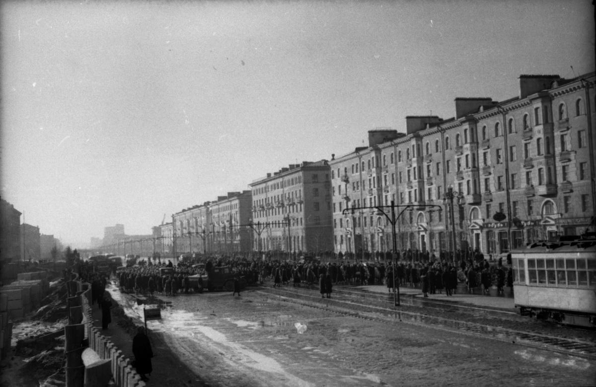 Кладбища с историей: как на Урал попал автор «Интернационала» и где могила отца свердловской музыки