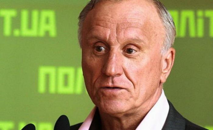 Геннадий Бурбулис приехал в Екатеринбург для участия в дискуссии «Народная трибуна»
