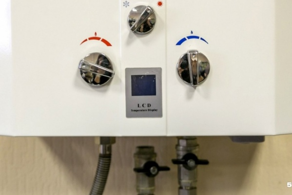 Проблема не в газе, который в трубах, а в угарном газе CO, который при плохой вентиляции может стать смертельным