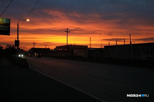Любуйтесь прекрасным закатом вместе с нами, если вы все пропустили вчера