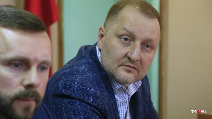 «Я сделал ошибку»: суд оштрафовал продюсера Табарчука за удар помощника Шуры в челябинском аэропорту