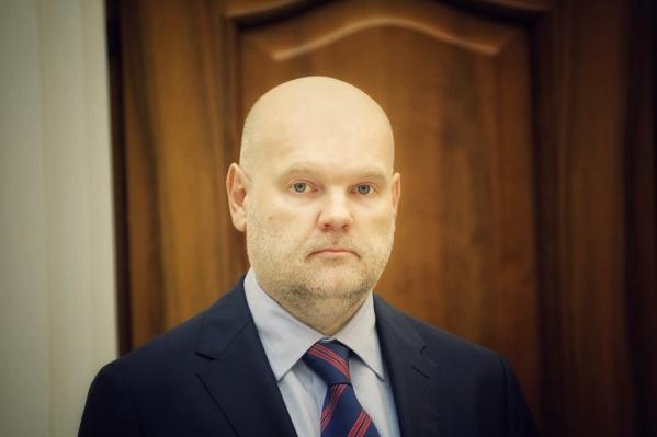 ГосподинИлларионов сменил Северную столицу на запасную