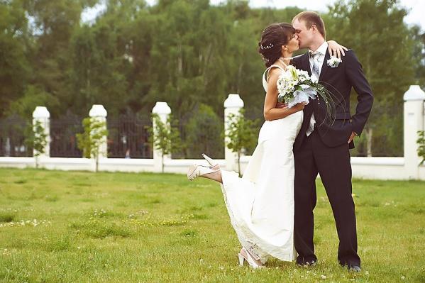 Новосибирцы всё реже женятся, зато не просят родителей оплатить их свадьбу